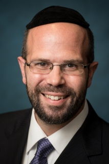 Larry Rothwachs, Director of Professional Rabbinics